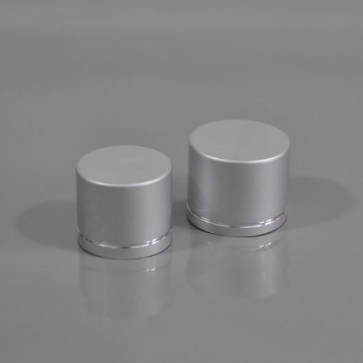 Крышка серебряная стандарта 18/410