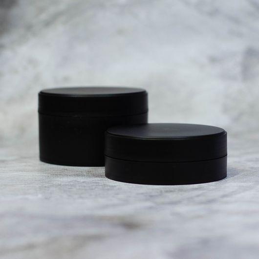 Баночка 100 мл (черная, пластик) с вкладышем