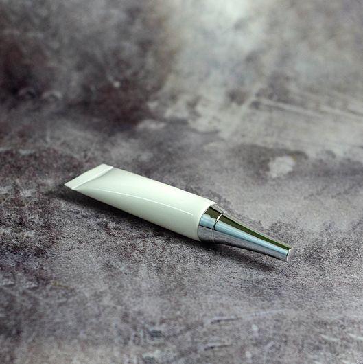 Тубофлакон (белый) 10 мл (с серебряной крышкой)