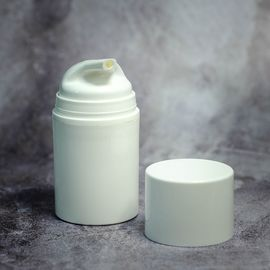 Вакуумный флакон белый/белая крышка 50 мл