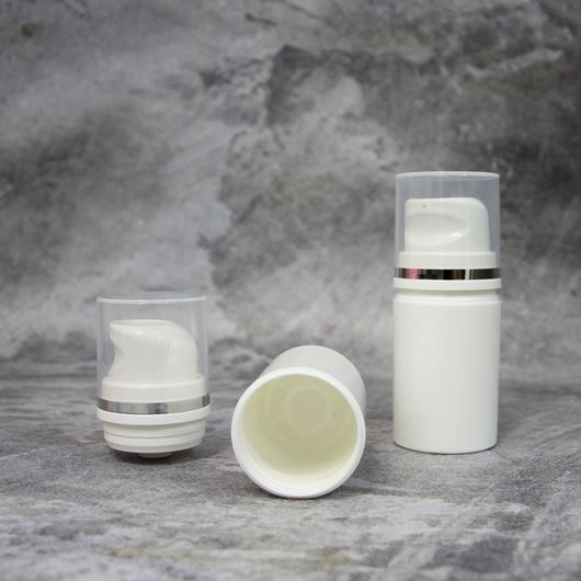 Вакуумный флакон белый/прозрачная крышка 30 мл