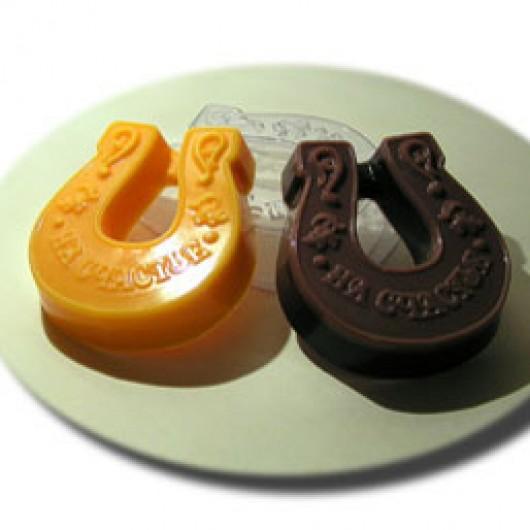 Форма для мыла Подкова на счастье (пластик)
